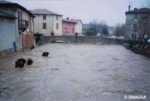 Crue du Garon des 2 et 3 décembre 2003 à Brignais
