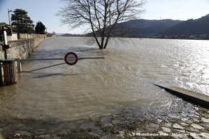 Crue du Rhône à Sablons le 24 janvier 2018