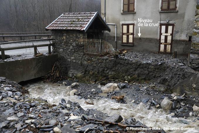 Crue du ruisseau du Taillou à Crêts en Belledonne suite au passage de la tempête Eleanor